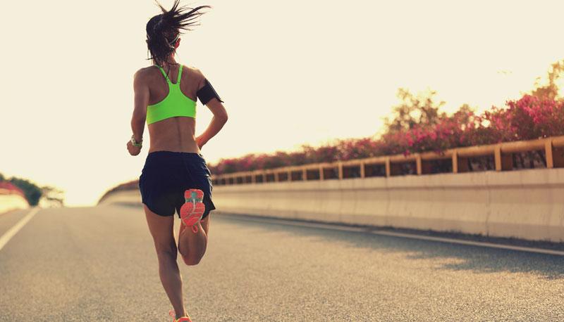 Cómo llevar el celular mientras corres