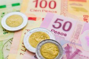Billetes y pesos mexicanos