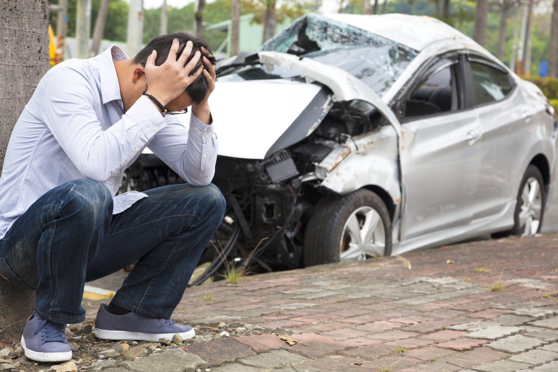 Qué hacer si un amigo choca tu auto