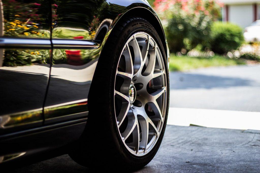Tipos de neumáticos para autos