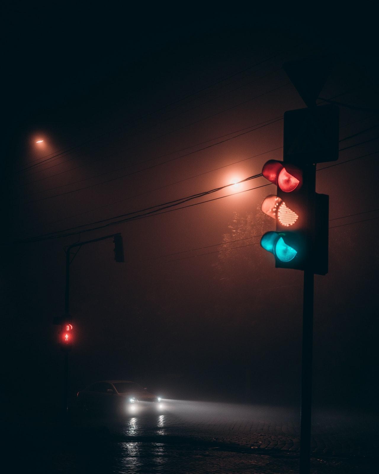 señales de transito semaforo